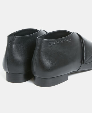 Velcro closure ankle boots in leather