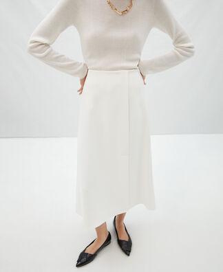 Flared skirt with side slit
