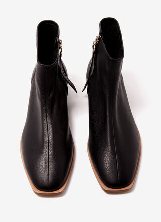Leather flat ankle boots with zipper
