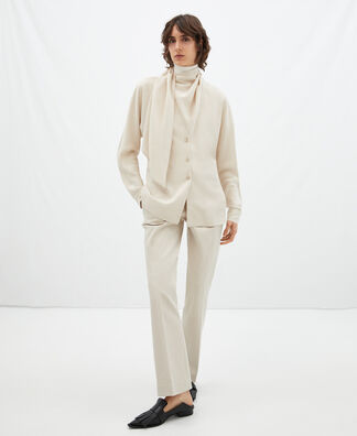 Shirt with bow detail
