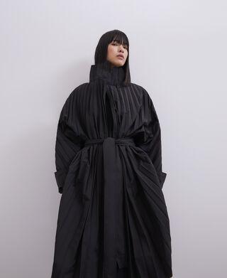 Fluid crinkle trench coat