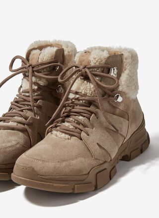 Trekking leather boots