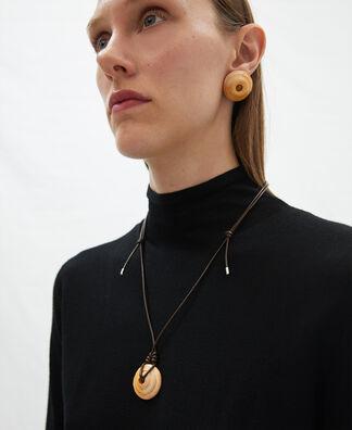 Niñodaguia chocolate cover pendant