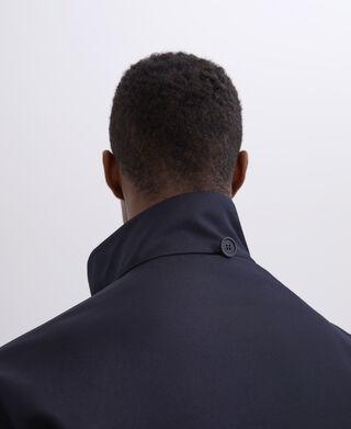 Chaquetón cuello mao con capucha