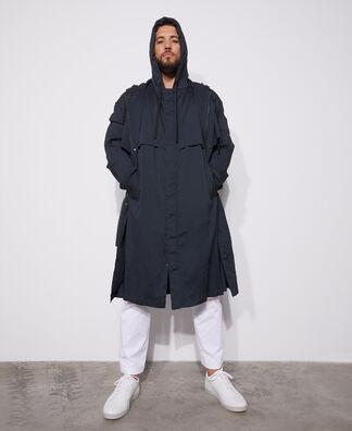 Nylon seersucker raincoat